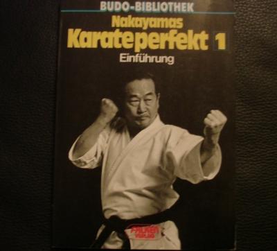 Nakayamas Karateperfekt 1 Einführung